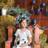 Девочка и кролик :: Анна Гостева