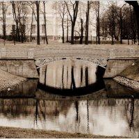 отражение мостика :: Galina Belugina
