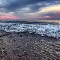 Вечером у моря... :: Александр Криулин