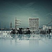 Плоскость в отражениях... :: Андрей Головкин