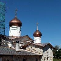 Остров. Церковь Николая Чудотворца :: Николай