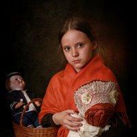 Девочка с куклой :: Римма Алеева