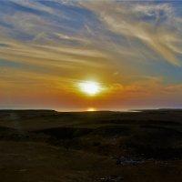 Рассвет над Красным морем... :: Sergey Gordoff