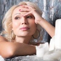 Женский портрет :: Елена Скутина