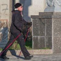 Скандинавов нынче развелось, однако! )) :: Сергей Исаенко