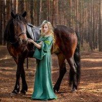 Анна и лошадь :: Владимир Пресняков