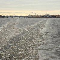 Ледовые дороги :: Сергей Григорьев