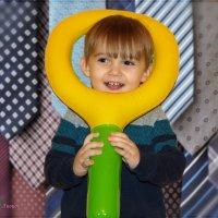 Как вам стильный жёлтый галстук мой? :: Anatol Livtsov