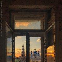 Городские контрасты :: Валерий Горбунов