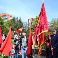 Коммунисты  на митинге :: Владимир Болдырев