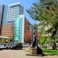 Памятник Антону Чехову :: Нина Бутко
