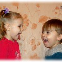 А хорошие детки не должны дразниться и показывать язычок. :: Anatol Livtsov