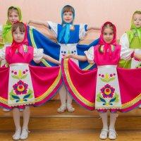 Детишки танцевальной студии :: Дмитрий Сиялов