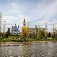 Майский день на набережной Тамбова. :: Александр Селезнев