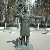 Памятник Юрию Деточкину :: марина ковшова