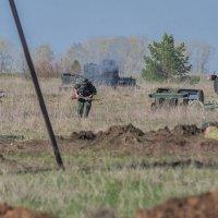 Фашисты атакуют. :: Сергей Исаенко