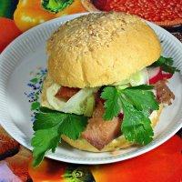 Утром ем я бутерброд, а все мысли: как народ?!:) :: Андрей Заломленков