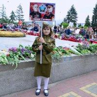 На братской могиле. :: Владимир Болдырев