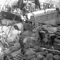 """1972-й год.Атлантический океан """"Банка Джорджес"""" :: Иволий Щёголев"""