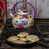 Почему на старой чугунной сковороде оладушки получаются вкуснее ? :: Анатолий. Chesnavik.