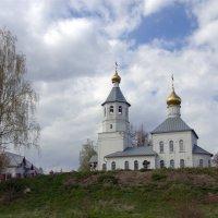 Храм в Тишково :: Валерий Самородов
