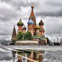 Слёзы брусчатки - капли дождя :: Сергей