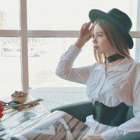 В кафе :: Женя Рыжов