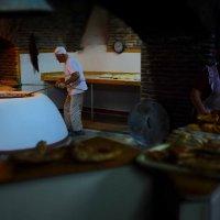 В грузинской пекарне :: Наталия Ремизова