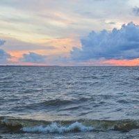 апрельский закат на Балтике :: Елена