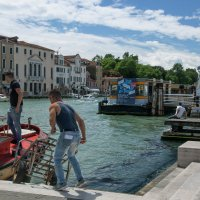 Рабочие руки Венеции :: liudmila drake