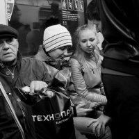 Люди метро: дыхание весны :: Михаил Зобов