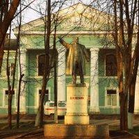 Памятник Ленину :: Фотогруппа Весна.