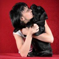 Двухмесячный щенок Кане Корсо с хозяйкой :: Константин Косов
