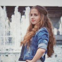 У фонтана :: Андрей Майоров
