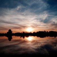 Река Преголя.., закат.. :: Антонина Гугаева