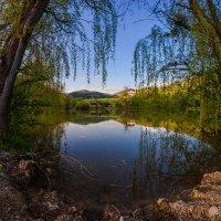 ВЕЧЕР на горном озере :: Sergey Bagach