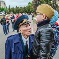 Они живые и такие родные ветераны. :: Надежда Ивашкина