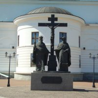 Памятник Кириллу и Мефодию в Самаре :: марина ковшова