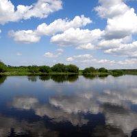 Облака, отражение.. :: Антонина Гугаева