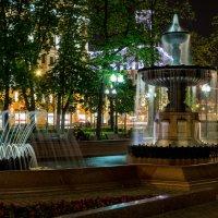 Фонтан на Пушкинской площади :: Оксана Пучкова
