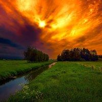 Вечер перед грозой :: Сергей Морозов