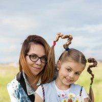 """Мама и дочка в """"образе""""... :: Ирина Холодная"""