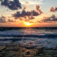 Закат на море :: Марат