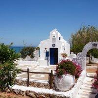 Церквушки Крита :: Евгений Палатов