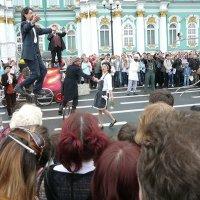 Уличный театр. :: Senior Веселков Петр