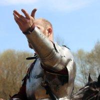 Тяжёлая рыцарская длань ! :: Виталий Селиванов