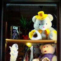 окно магазина,,Ночь,, :: Алексей Медведев