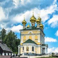 Храм Воскресения Христова в Плесе :: Valeriy Piterskiy