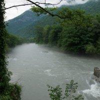 река Бзыбь :: Дмитрий Михайлиди