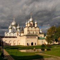 Осень в Кремле :: Vera Ostroumova